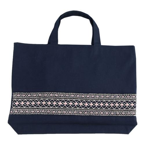 【手刺繍スモッキング】【ローズ】紺色布製:レッスンバッグ