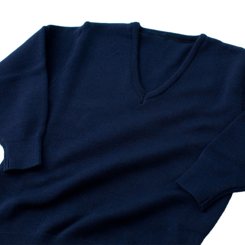 お子様用紺色無地Vネックセーター